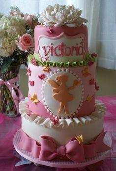 Fairy gorl cake