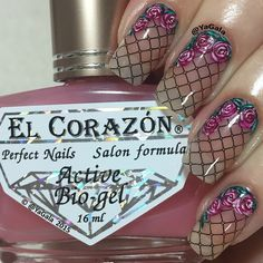 Lace and roses  I use @uberchicbeauty stamping plate 1-03 Kaleidoscope special polish for stamping nail art No st-01 (black) @el_corazon_shop  Elcorazon-shop.com Base coat El Corazon No423 (two coats) as a base color from @el_corazon_art_direct Video will be posted soon . . Обожаю эффект капроновых колготок! Плитка @uberchicbeauty 1-03 Лак для стэмпинга Kaleidoscope No st-01 @el_corazon_shop  Elcorazon-shop.com  База El Corazon No423 в два слоя в качестве основы  @el_corazon_art_direct Видео…