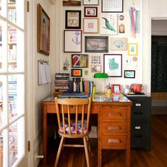 Living Room Art Small Spaces - How To Decorate A Tiny Home With Colorful Maximalist Style. Home Office Design, Home Office Decor, Diy Home Decor, House Design, Vintage Office Decor, Studio Design, Office Ideas, Small Space Living, Small Space Design