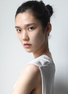 Tao Okamoto is a Japanese model and actress. Her date of birth is May 22, 1985 and she was born on Chiba, Chiba Prefecture, Japan. At the age of 14 she started working as a model and in 2006 she moved to Paris to pursue her modelling career.