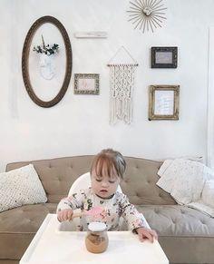 Our little friend Adaline has the cutest gallery wall including our faux unicorn! . • •  Hannah Mestel.seadschlag . • • #whitefauxtaxidermy #whitefauxtaxidermyathome #fauxtaxidermy #taxidermy #unicornparty #unicorns #unicorn #unicornhead #unicorndecor #girlsdecor #gallerywall #wallart #walldecor #wallgallery #wallsculpture #interiorstyle #interiorinspo #interiordesign #animals #animalhead #animaldecor #animalvideos #magic #believe #gofaux #goals #naturemeetsdesign
