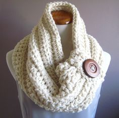 Chunky Bulky Button Crochet Cowl  Off White with by CrochetCluster