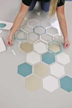 cement flooring How to Stencil a Sweet Honeycomb Cement Floor - Stencil Stories Stencil Stories Inexpensive Bathroom Remodel, Bathroom Remodel Cost, Tub Remodel, Bathroom Remodeling, Wall Painting Decor, Wall Decor, Creative Wall Painting, Stencil Painting On Walls, Wall Paintings