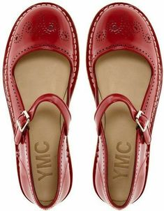 8fe38222d3d Mary Jane – This can be a flat or heeled shoe which like a pump encloses  the foot all the way around it. The front of this shoe will be square or ...