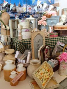Mollysue Miniatures - miniature flea market stall