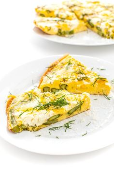 This simple frittata is bursting with fresh flavors from smoky, roasted asparagus and creamy, tangy goat cheese. Ideal for a make-ahead breakfast. Quiche, Lemon Bowl, Queso Feta, Brunch, Asparagus Spears, Make Ahead Breakfast, Goat Cheese, Goats, Dairy Free