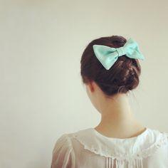 Image about girl in asian fashion by ɴᴀɴᴀ, ❀ on We Heart It Cute Asian Fashion, Korean Fashion, Color Turquesa, Mode Vintage, Cute Bows, Hair Dos, Rilakkuma, Pretty Hairstyles, Her Hair