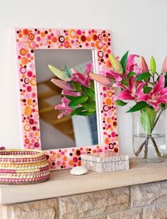 Pretty button mirror to make with instructions.