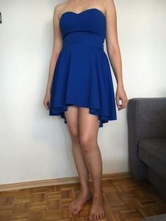 Niebieska sukienka idealną na wesele