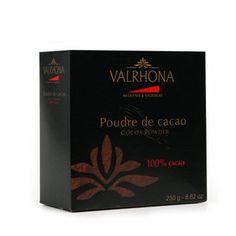 Poudre de cacao Valrhona    Poudre non sucrée 100% cacao à la finesse exceptionnelle et au goût intense.
