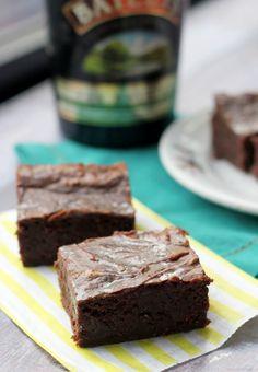Baileys Irish Cream Brownies #recipe #chocolate #stpatricksday