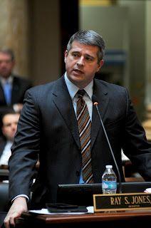 EKB News: Jones files resolution to protect 2nd amendment rights