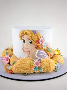 Cake Wrecks - Home - Sunday Sweets Goes To A New Dimension! Rapunzel Torte, Bolo Rapunzel, Rapunzel Birthday Cake, Birthday Cake Girls, Rapunzel Cake Ideas, Disney Rapunzel, Princess Rapunzel, Princess Cake Disney, Rapunzel Cupcakes