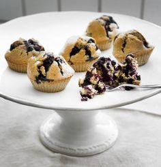 baking: muffins for easy mornings. http://homeanddelicious.blogspot.no/2013/04/baking-muffins-for-easy-mornings.html