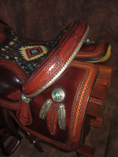 Lisa & Loren Skyhorse - Master Saddle Makers Since 1972 Barrel Racing Saddles, Barrel Saddle, Barrel Racing Horses, Barrel Horse, Saddle Rack, Horse Gear, Horse Tips, Horse Fly, Horse Horse