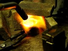 Casting silver in Delft clay-sand casting, pt 2. - YouTube