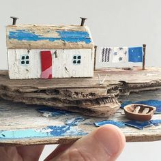 Using up even the smallest bits of ply! Crafts To Make, Crafts For Kids, Arts And Crafts, Kirsty Elson, Beach Clean Up, Wooden Cottage, Kitsch, Driftwood Crafts, Wooden Shapes
