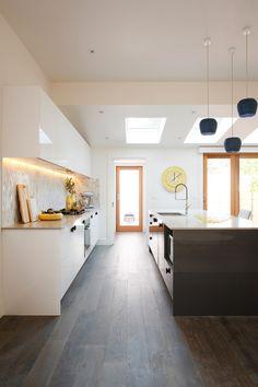 Carly Leighton Contemporary Art Deco Kitchen Freedom Kitchens Caesarstone Raw Concrete (3)