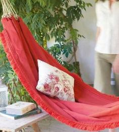 DIY Hammock - you can download the illustrations in pdf format for all the steps to make this.