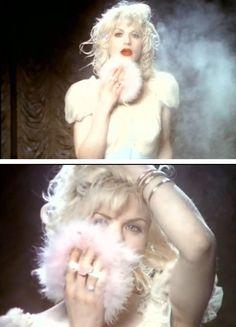 """Courtney Love in """"Miss World"""""""