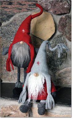 http://www.ingebretsens.com/christmas/tomtar-nisser/wool-fabric-tomtar/tassle-hat-tomtar.html