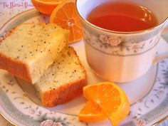 Clementine Tea Bread is perfect when it comes to savoring easy winter recipes. Sweet and juicy clementines could not be more tasty. Enjoy!