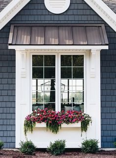 If you want to make the most out of your window box, you need to design it properly. Need ideas to style your window box? Check out our 17 list window box ideas Exterior Paint Colors, Exterior House Colors, Paint Colors For Home, Exterior Design, Exterior Windows, Paint Colours, Diy Exterior Awnings, Cottage Paint Colors, Exterior Houses