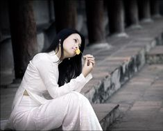 "Discussion ""Ao dai vietnam (english)"" in ""Hanoi beautiful"" Ao Dai Vietnam, Vietnam Girl, Hanoi Vietnam, Vietnamese Traditional Dress, Vietnamese Dress, Traditional Dresses, Beautiful Vietnam, Vietnam Travel Guide"