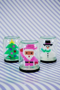 Julpyssel burkar Hama Beads Design, Diy Perler Beads, Hama Beads Patterns, Perler Bead Art, Beading Patterns, Holiday Themes, Holiday Fun, Easy Crafts For Kids, Diy For Kids