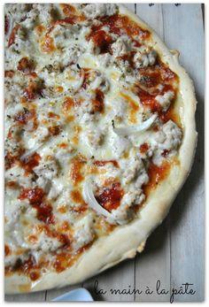 Pizza au poulet et à la sauce barbecue