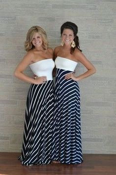 DIY Maxi Dress tutorial from Do It Darling! How cute are these?! Would love to make one and pick out a super fun fabric for the bottom! Who can make this for me :-)??