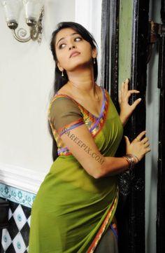 Anushka Shetty Hot And Sexy Saree Photos - Hindi Business Tips Beautiful Girl Indian, Most Beautiful Indian Actress, Beautiful Saree, Beautiful Actresses, Beautiful Gorgeous, Simply Beautiful, Beautiful Women, Saris, Anushka Shetty Saree