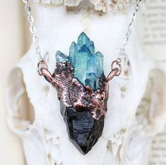 http://sosuperawesome.com/post/154482414015/raw-crystal-jewelry-by-eden-and-after-on-etsy-see