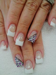 Glitter pink & white powder with a touch of cheetah design...