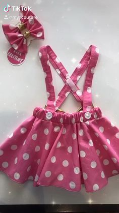 Pink and Gold Minnie Mouse SKIRT ONLY birthday outfit Pink polka dots criss cross suspenders circle , with a matching 2 hairbows Cute Baby Dresses, Cute Baby Clothes, Little Girl Dresses, Baby Frocks Designs, Kids Frocks Design, Baby Girl Dress Patterns, Baby Clothes Patterns, Minnie Mouse Skirt, Baby Skirt