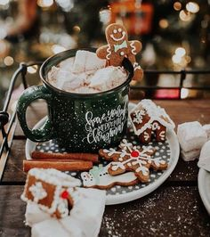 merry christmas 106 days till Christmas Q:Gingerbread or marshmallows ~ Thank you so much for ~ PHOTO CREDITS Days Till Christmas, Christmas Mood, Merry Little Christmas, Noel Christmas, Christmas Cookies, Christmas Coffee, Christmas Gingerbread, Christmas Ideas, Christmas Morning