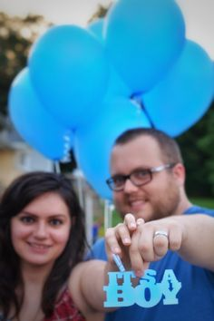 Sarah & Bryan | Spicer Photography | Gender Reveal | Surprise | Balloons | It's a boy! |