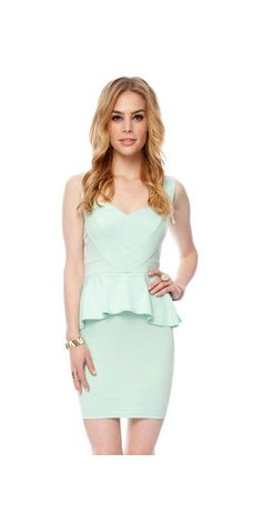 mark my words... if im skinny by the wedding this WILL be my rehersal dress