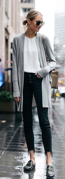 woman in gray cardigan. Pic by @fashion_jackson
