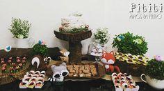 Decoração de mesa linda do chá de fraldas da Beatriz feita por @jso.bauru, com participação especial dos bichinhos em feltro 💕👶🍼🍄🐾🌳🌸 #pititimimos #chadebebe #animaisdafloresta #animals #artesanato #animaisfeltro #raposafeltro #raposa #fox #guaxinim #guaxinimfeltro #esquilo #squirrel #birds #birdfelt #animalsfelt #animalscute #festainfantil #chadefraldas #babyshower #kidsparty #nakedcake #cogumelos #decoracaochadebebe #decoracaorustica #themeforest #floresta #themeforest #esquilo…