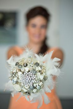 Button Bouquet Every Cloud Has a Silver Lining  von iheartbuttonsuk, £160,00