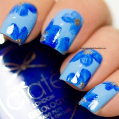 Floral nails -  Blue on blue - http://www.mynailpolishonline.com/2016/07/nail-art-2/floral-nails-blue-on-blue/