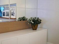 Sala de jantar   Buffet   Espelho bisotado ampliando ambiente   marcelasantiago.com.br