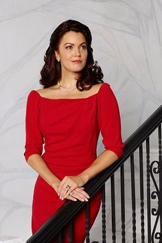Scandal is going to fast-forward to Mellie's presidential campaign for the rest of season 5