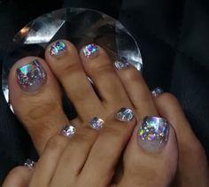 Get nails, glitter toe nails, cute toe nails, sassy nails, toe Pretty Toe Nails, Cute Toe Nails, Sassy Nails, Pretty Pedicures, Pretty Toes, Pedicure Designs, Pedicure Nail Art, Toe Nail Designs, Cute Toenail Designs