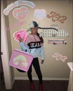 Mel Martinez, Crybaby Melanie Martinez, Cry Baby, Only Melanie, Baby Netflix, Animal Crossing Funny, Fb Memes, Crazy People, Celebs