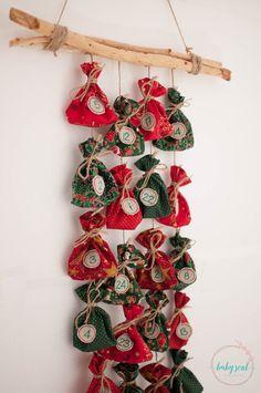 Adventní+kalendář+II+Adventní+kalendář+s+bavlněnými+pytlíčky+(rozměry+10x10cm)+sešňůrkou+a+dřívkami+na+zavázání+a+mini+kolíčky+na+drobné+dárečky+nebo+sladkosti.+Je+jenom+na+vás,+čím+své+dětičky+potěšíte+:) Advent Calendar Fillers, Christmas Items, Crochet Earrings, Luca, Creative Ideas, Sustainability, Diy, Decor, Xmas