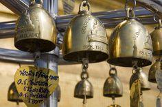 Bell (instrument) Pom Prap Sattru Phai District Wat Saket Idiophone