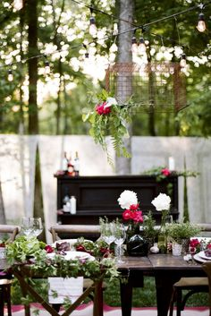 Finding local Nashville wedding vendors is easy using Wedding website and bridal consultants.