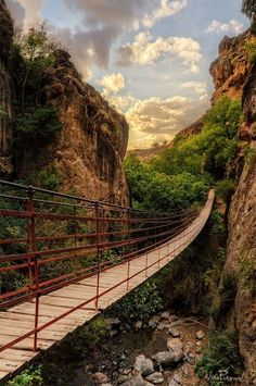 The location of this looks very serene and Spain would be a great place to look to find inspiration in nature. I can do my best thinking in nature like this. Canyon Bridge, Spain